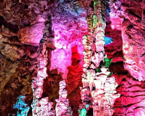 canelobre-caves-ten